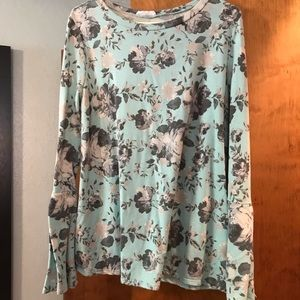 Mint bell sleeve floral top